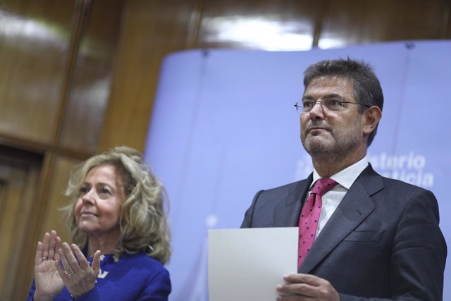 Consuelo Madrigal y Rafael Catalá