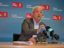 """El PSdeG insta a Feijóo a """"abandonar las excusas"""" y convocar """"ya"""" las oposiciones de educación"""