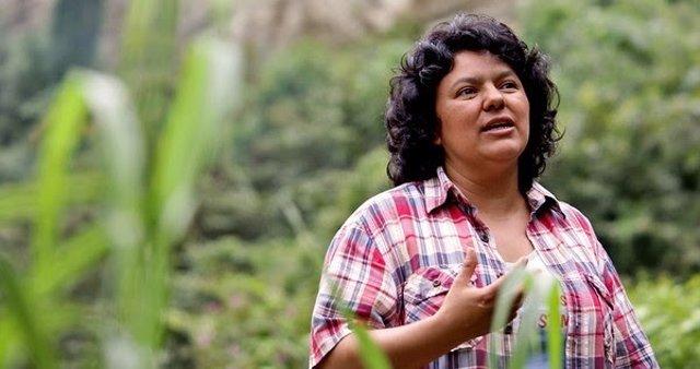 Activista ambiental y de derechos humanos, Berta Caceres, asesinada en Honduras