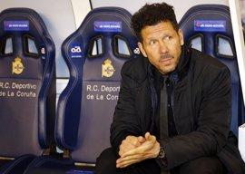 """Simeone, sobre el susto de Torres: """"Sentí un ruido en el banco"""""""