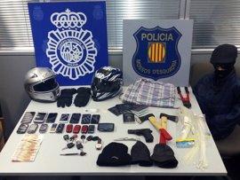Diez sudamericanos detenidos por atracos violentos en joyerías de Cataluña y Madrid