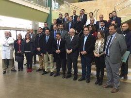 Sánchez Maldonado anima en Martos a empresarios del plástico a impulsar la formación de un clúster andaluz del sector