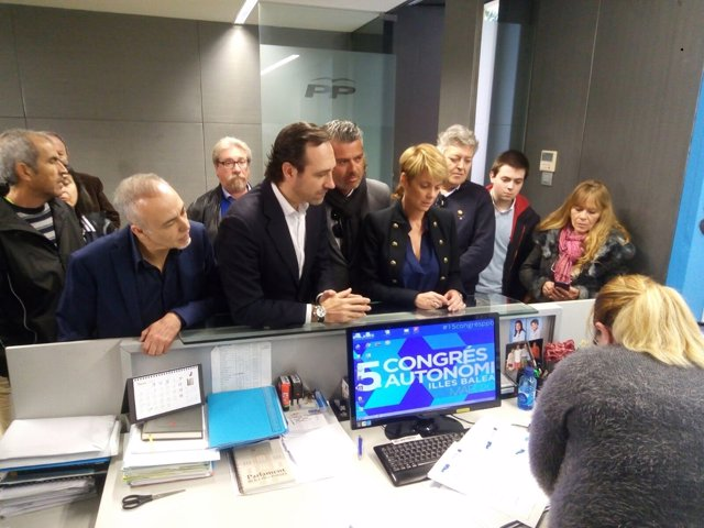 Presentación de avales de la candidatura de Bauzá
