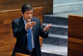 """Javier Fernández pide unidad al parlamento en los """"asuntos neurálgicos"""" de Asturias"""