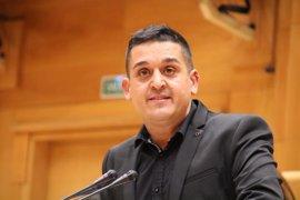 Compromís pide que la senadora que ha dejado Podemos pase a un grupo de no adscritos