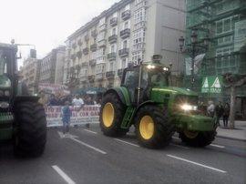 """Manifestación de ganaderos en Santander para pedir """"respeto al mundo rural"""""""