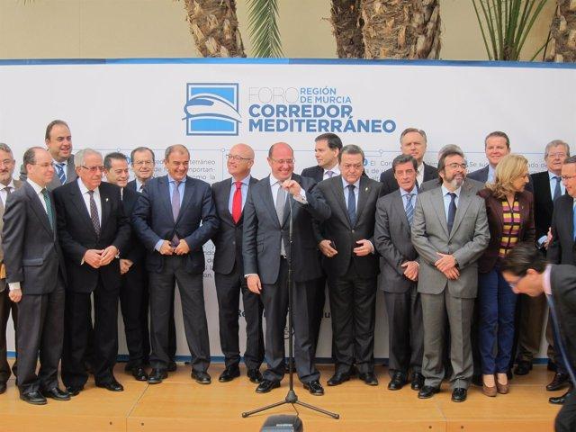 Pedro Antonio Sánchez, Junto A Los Miembros Del Foro