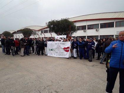 La plantilla de Deoleo en Córdoba se concentra contra el ERE presentado por la empresa