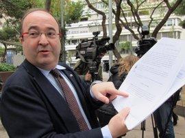 Iceta avisa que recurrirán frente al TC si el Govern no sigue el dictamen y retira el referéndum