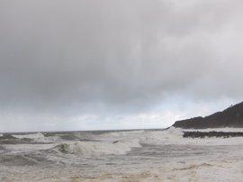 Comunidad activa el Plan Territorial de Protección Civil ante aviso de olas de tres metros y fuertes rachas de viento