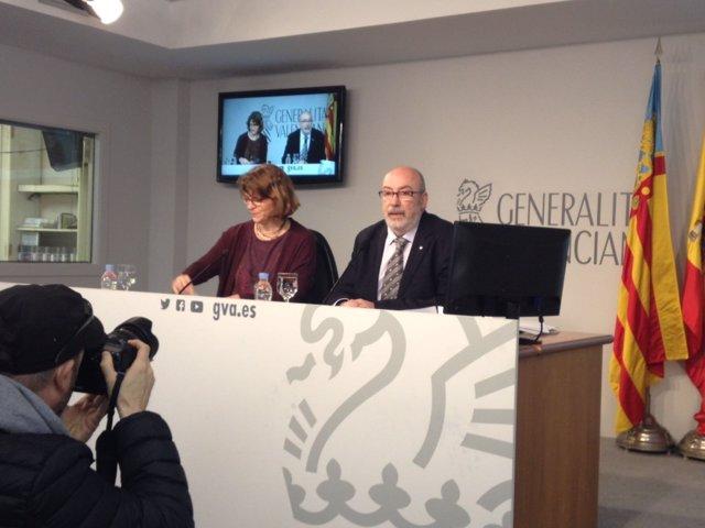 Cebrián y Alcaraz en la rueda de prensa del Consell este viernes