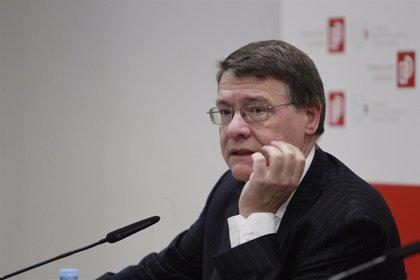 Madina (PSOE) dice que Jordi Sevilla no incurrirá en contradicciones en el BBVA con las cláusulas suelo
