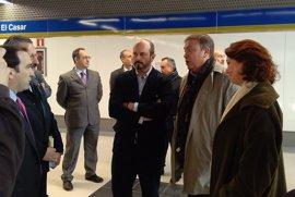 La alcaldesa de Getafe planta al consejero de Transportes en la visita a los nuevos accesos de El Casar