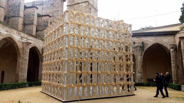 La falla 'Renaixement' llega al Centre del Carme de València