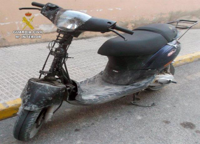 Guardia Civil desmantela un grupo juvenil dedicado a la sustracción de motos