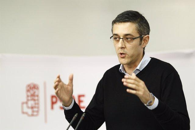 El coordinador del PSOE del área Política de la Ponencia marco, Eduardo Madina