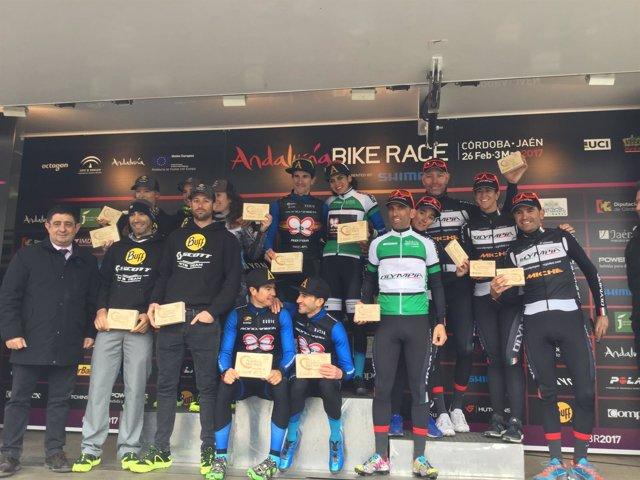 Entrega d premios de la VII la Andalucía Bike Race.