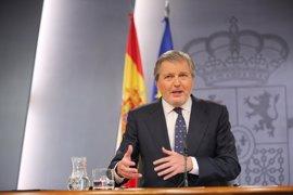 Méndez de Vigo anuncia la intención de Hacienda de reducir los interinos en Educación y Sanidad