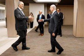 El Gobierno sirio y la oposición acuerdan en Ginebra discutir en profundidad una solución política en Siria