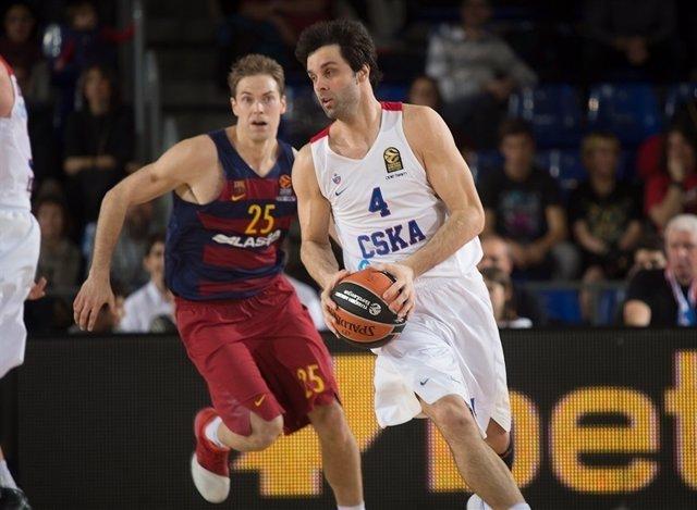 Milos Teodosic, del CSKA Moscú, ante el FC Barcelona Lassa