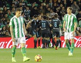 La Real conquista el Villamarín y duerme en puestos de 'Champions'