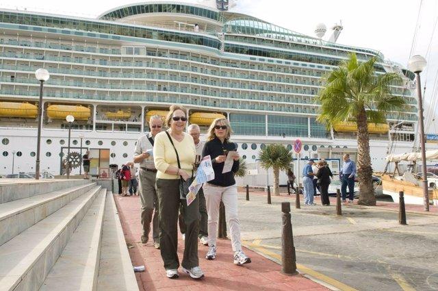 Turistas Extranjeros Descubren Los Productos Artesanos De La Región