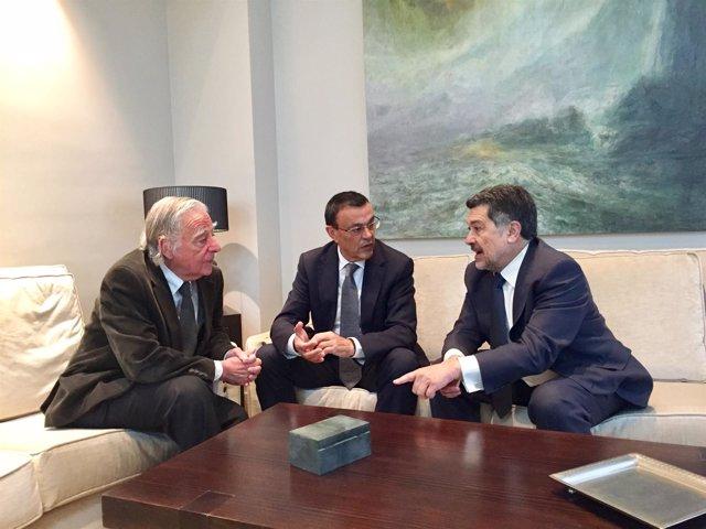 Acuerdo del Puerto de Huelva con la edición Latitudes