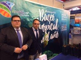 Almuñécar y La Herradura (Granada) presentan la candidatura al XVII Campeonato del Mundo de Fotografía Subacuática