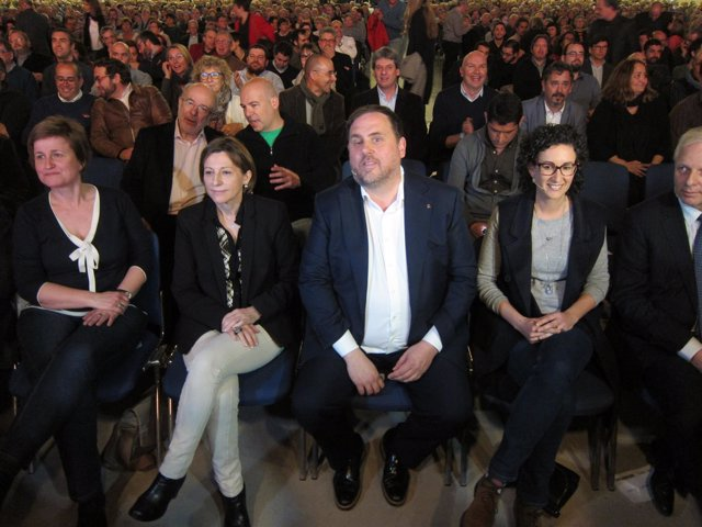 Anna Simó, Carme Forcadell, Oriol Junqueras y Marta Rovira