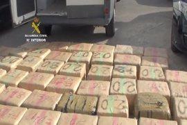 Incautados 1.753 kg de hachís en Tenerife y desarticulada una banda que introducía la droga en pesqueros desde Marruecos