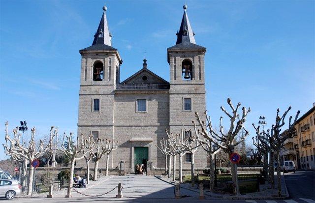 Fachada de la iglesia de San Bernabé