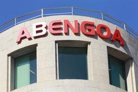 """Trabajadores de Abengoa trasladan a la Junta su """"preocupación"""" por el futuro de la compañía"""