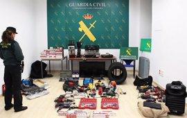Seis detenidos en Sevilla por más de 50 robos en polígonos y centros comerciales de seis provincias