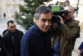 Fillon cancela una entrevista de radio en medio del escándalo judicial