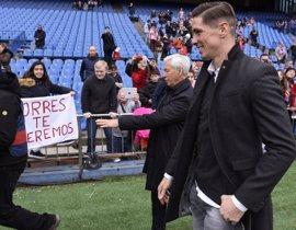 Fernando Torres presencia el Atlético-Valencia desde el palco