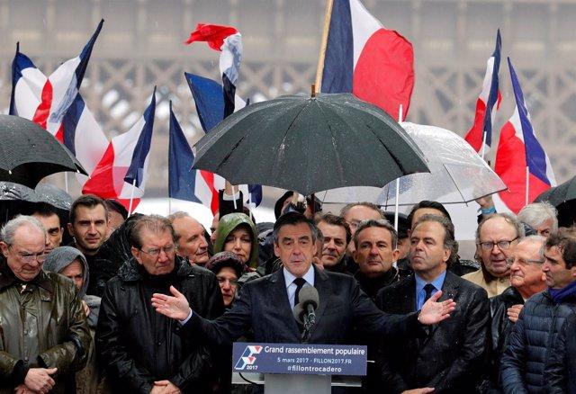 El candidato presidencial conservador François Fillon