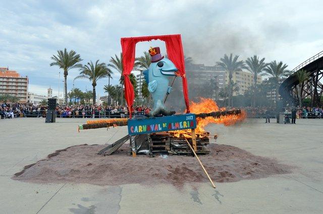 Entierro de la sardina del Carnaval de Almería
