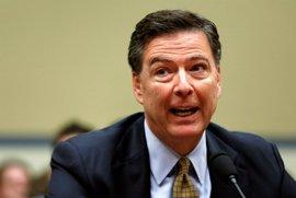 El director del FBI pidió al Departamento de Justicia que desmintiera las acusaciones de espionaje a Trump