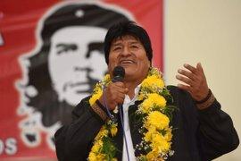Morales participa en un acto en homenaje a Chávez en Caracas, tras viajar a Cuba por motivos de salud