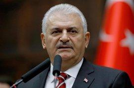 Yildirim dice que el terrorismo será derrotado en Turquía si se aprueba en referéndum la reforma constitucional