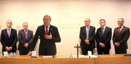 Serafín Romero toma posesión como nuevo presidente del Consejo General de Colegios de Médicos