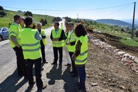 La Junta mejorará el drenaje de la A-377, entre Manilva y Gaucín, para evitar el deterioro del firme