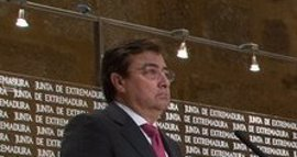 """Vara no ve """"ningún problema"""" en que Susana Díaz pudiera concurrir a las primarias del PSOE siendo presidenta andaluza"""