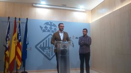 Cort anuncia su intención de municipalizar el servicio de la ORA