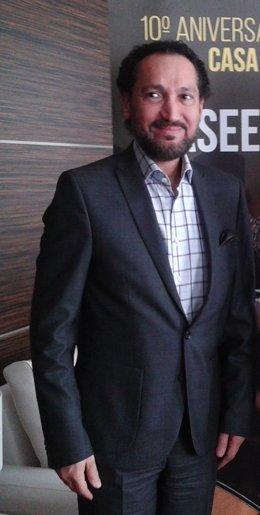 El laudista iraquí Naseer Shamma