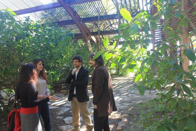 Las ediles de Participa Sevilla en el aula bioclimática de Cartuja