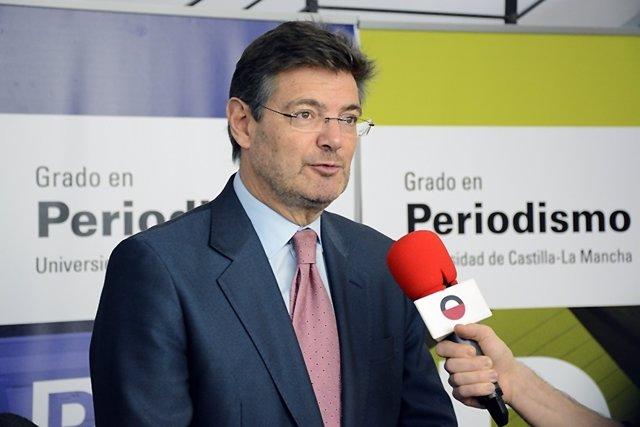 Uclm (Pie De Foto): El Ministro Rafael Catalá Aborda En La Uclm Asuntos De Actua