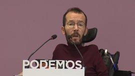 """Podemos insta al PSOE a presentar una moción de censura a Rajoy para formar un """"gobierno de progreso"""""""