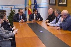 Los 1.800 trabajadores del Consorcio de Benestar tendrán las mismas condiciones que el personal laboral de la Xunta