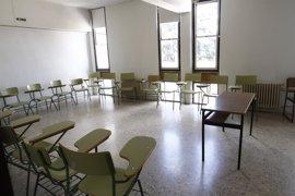 Canarias aplaza la OPE de Educación